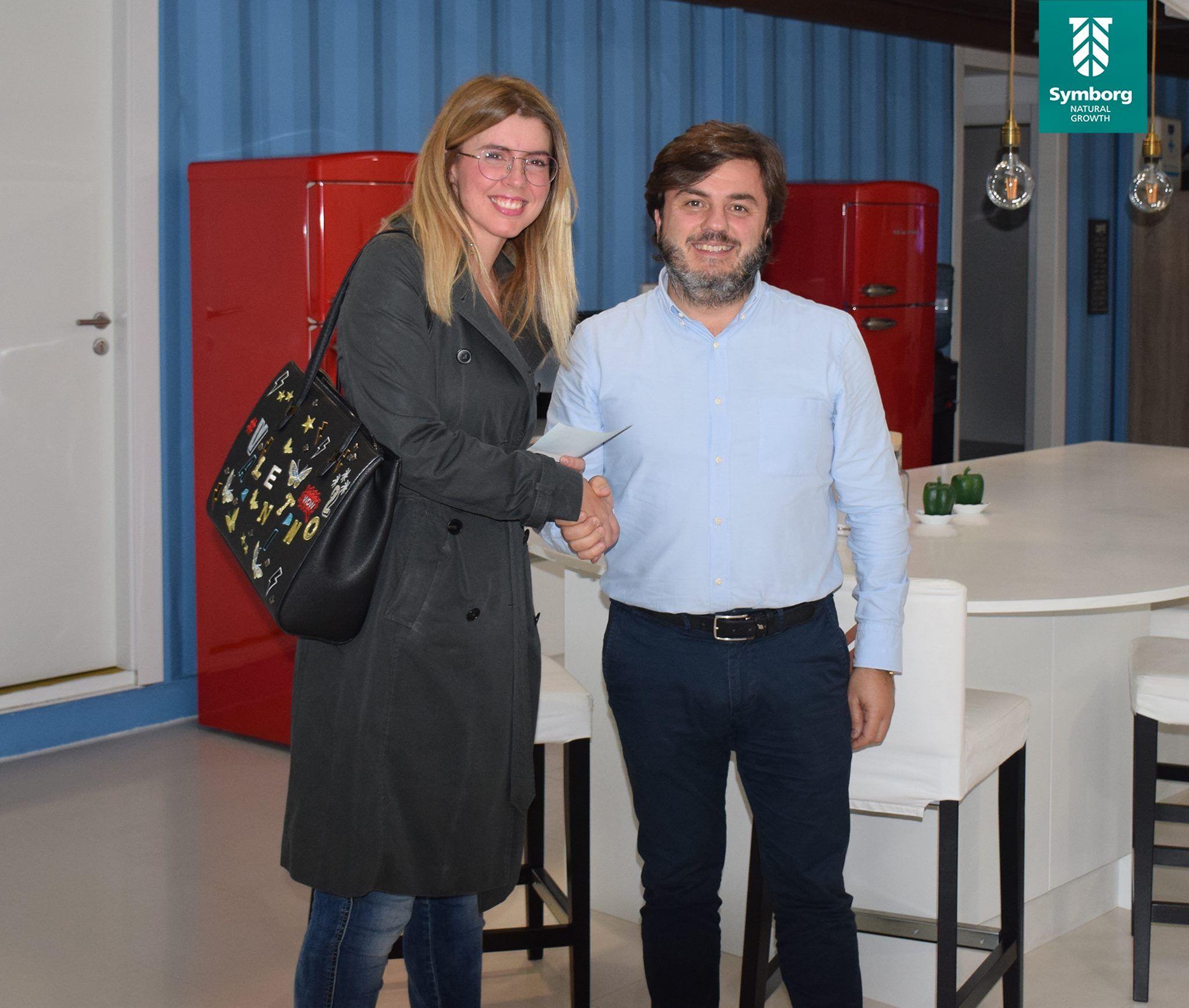 Foto de Jesús Juárez, CEO de Symborg, junto a Cristina Castillo,