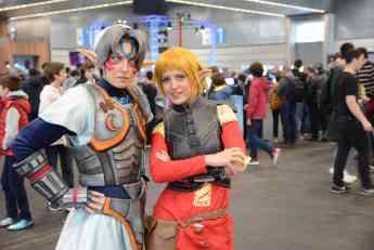 Cosplayers disfrazados de personajes de videojuegos en el Fun and Serious Game Festival