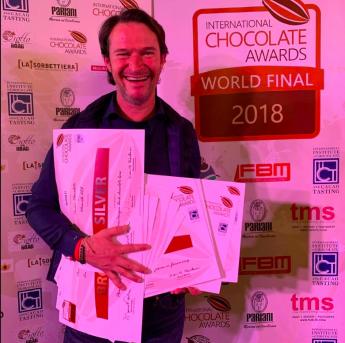 Pacari ratifica su excelencia con 16 galardones en el mundial del chocolate