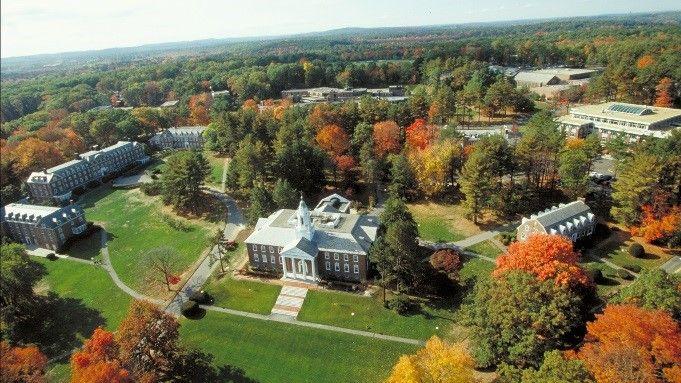 Foto de Un residencial en la prestigiosa Babson College, uno de los