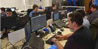 Trabajadores de Serbatic en el Centro Tecnológico de Cuenca