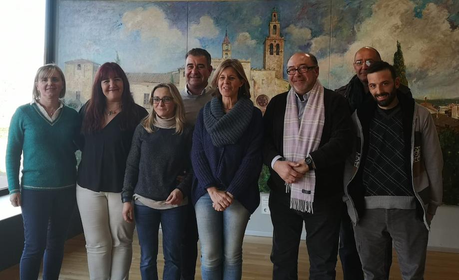 Foto de Representantes de Sant Cugat Comerç en el Ayuntamiento de