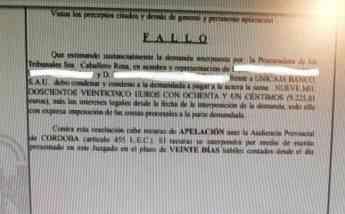 Una sentencia devuelve a una empresa de Cabra casi 10.000 euros en comisiones bancarias desde el año 2004