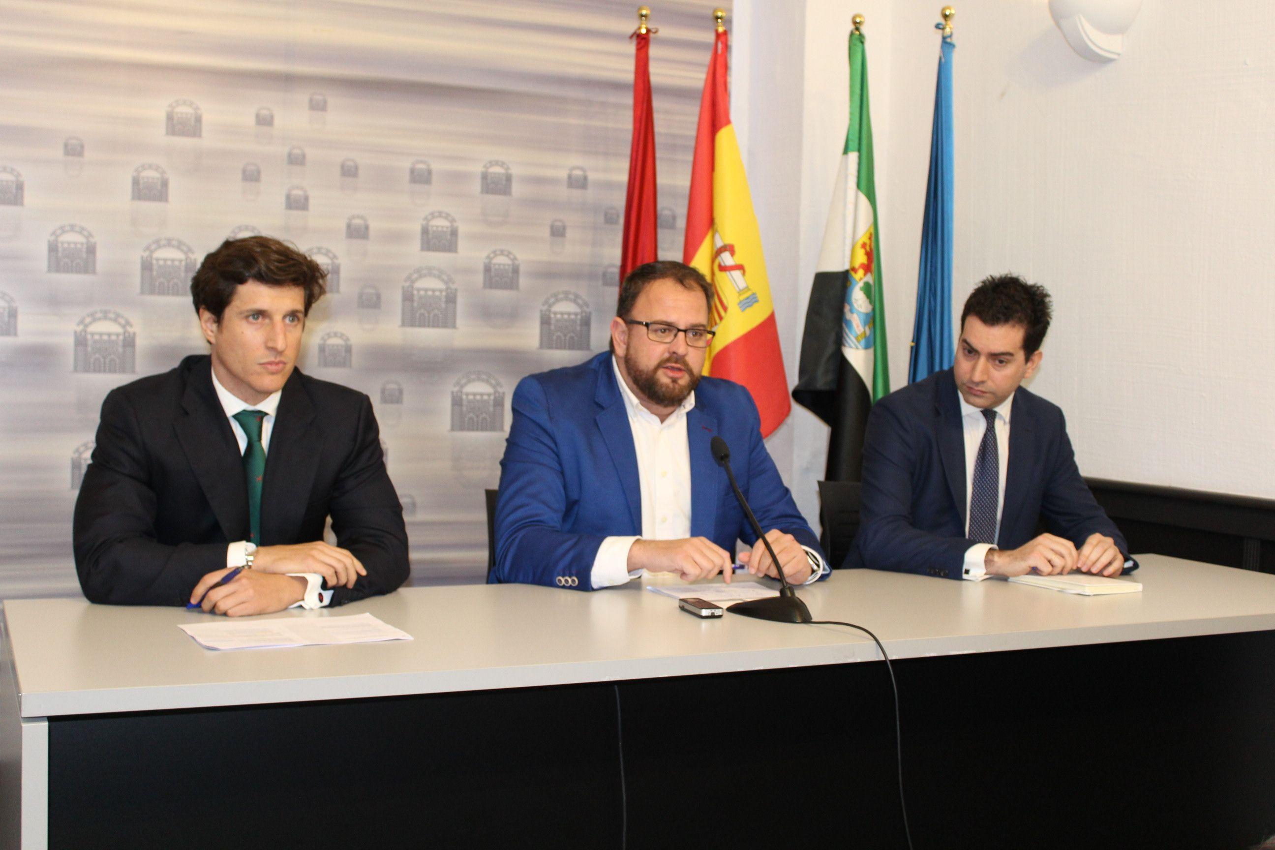 Foto de Presentación nueva planta fotovoltaica en Mérida (Badajoz).