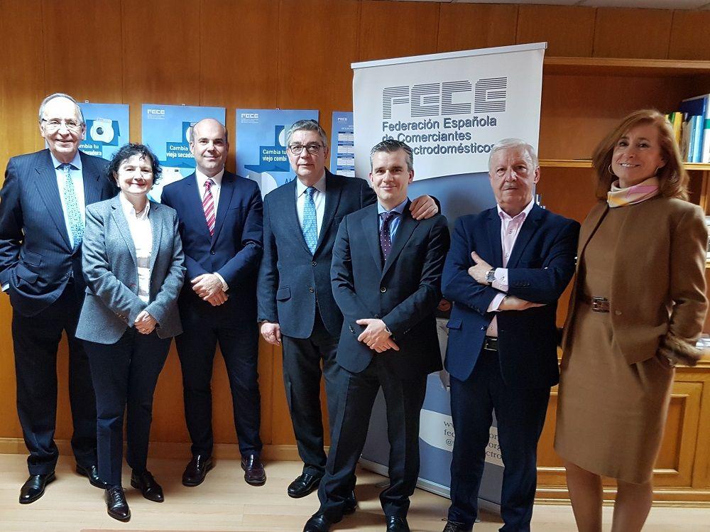 Foto de Acuerdo de FECE con Santander Consumer Finance
