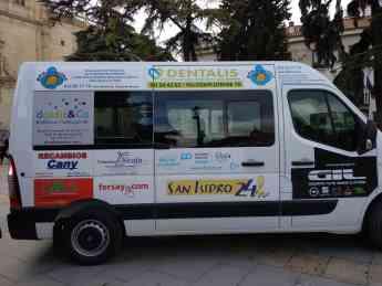 Vehículo entregado a Fundación AFA