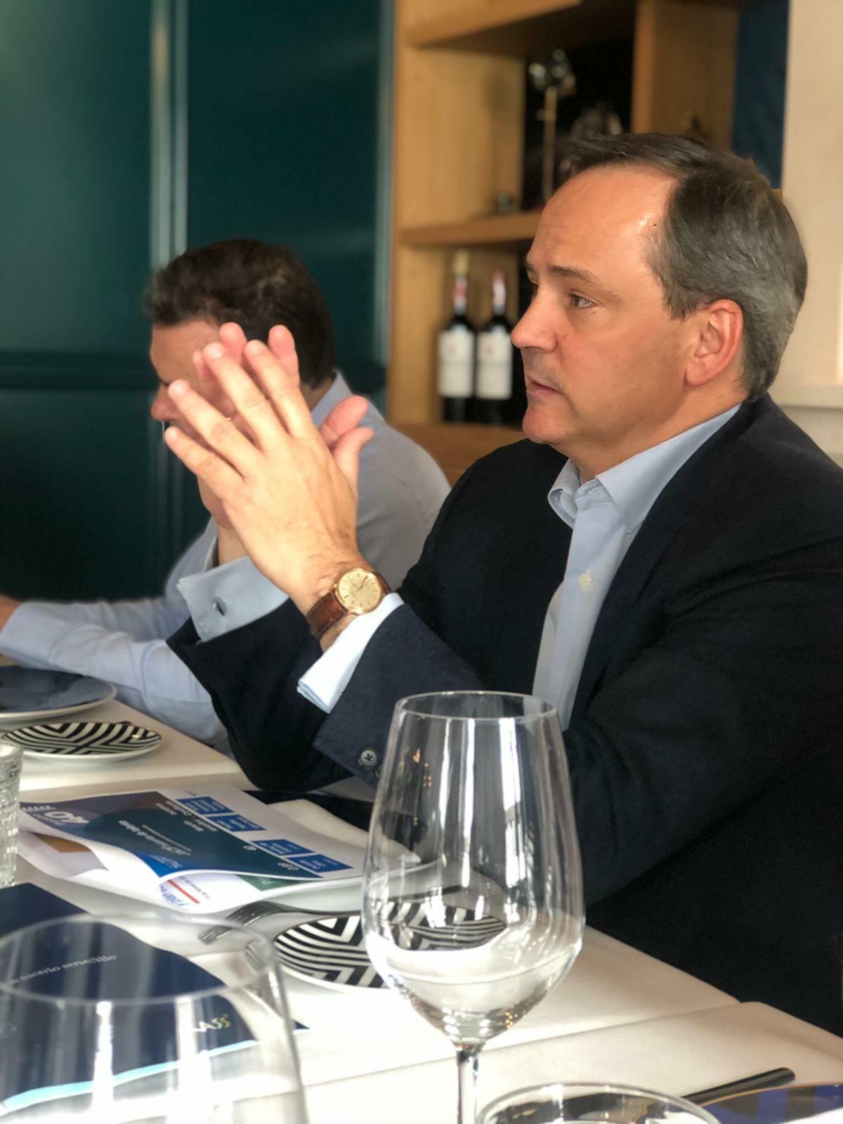 Foto de Javier Latasa, presidente de VASS, en la presentación de los