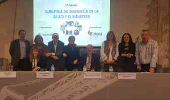 Participantes en la presentación del curso Industria de Ingeniería