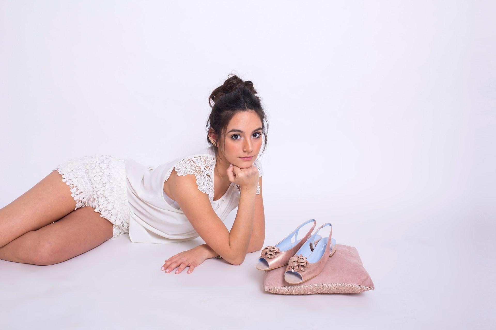 8ad32bbb Claudia Civilleri lanza su original colección de zapatos de novia ...