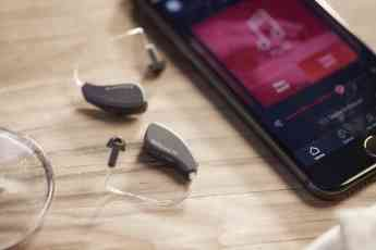 Un nuevo informe de Hear-it AISBL muestra que la pérdida auditiva es un asunto global