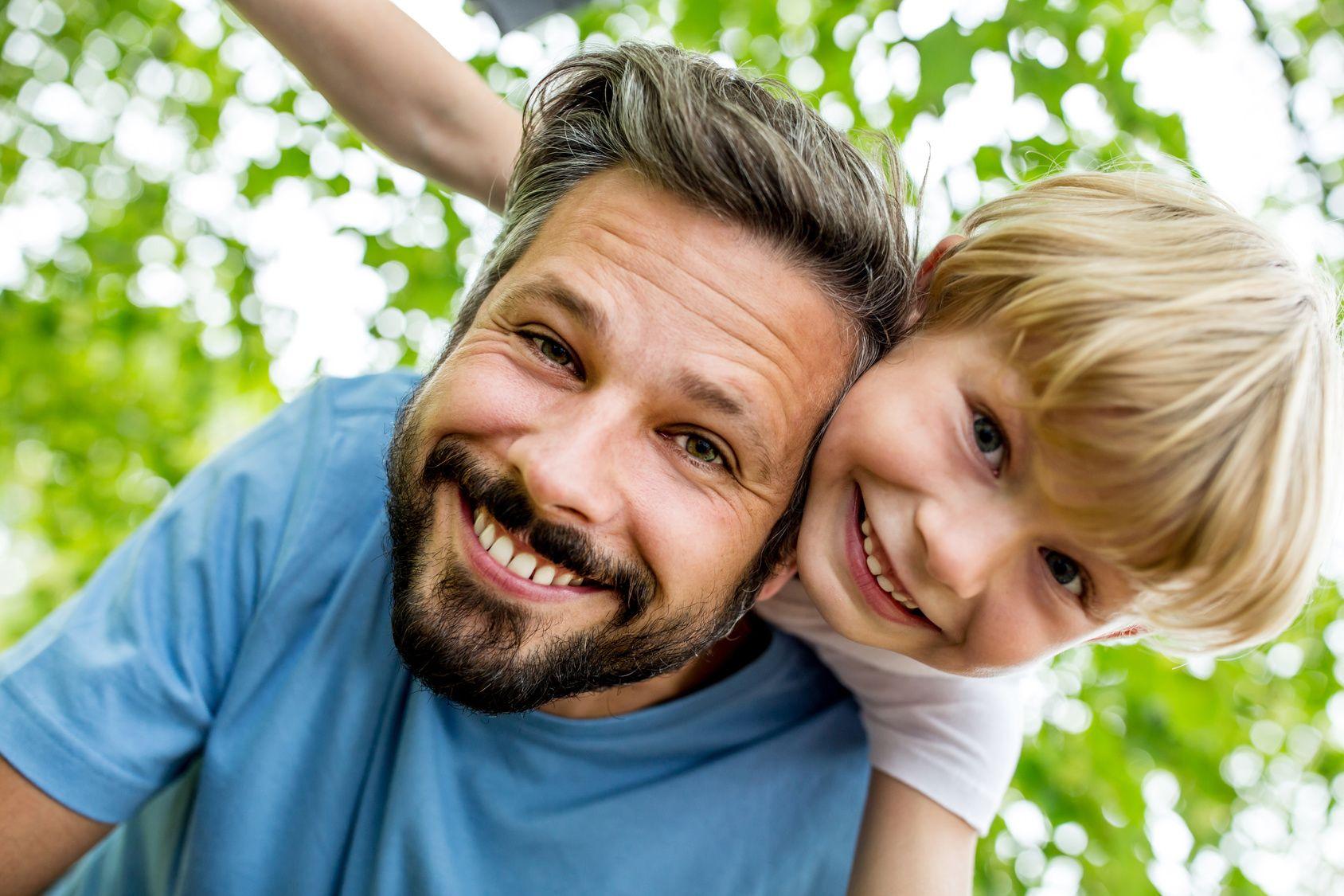 Foto de Un Día del Padre repleto de sonrisas con Clínica Den