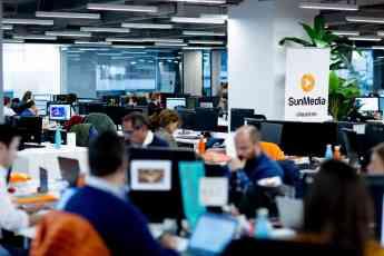 El equipo de SunMedia trabajando
