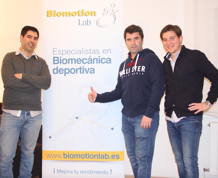 Foto de Roberto, Salva, Lluís de Biomotion Lab