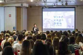 Charla sobre el Design Thinking, en IED Madrid