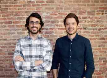Daniel Olea (izda.) y Borja Aranguren son los cofundadores de Cobee.