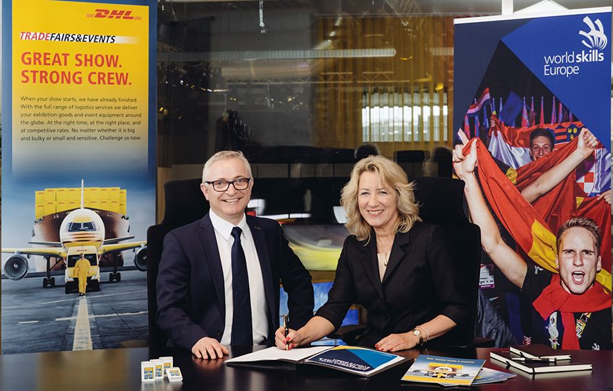 Foto de Firma del acuerdo entre DHL Trade Fairs & Events y
