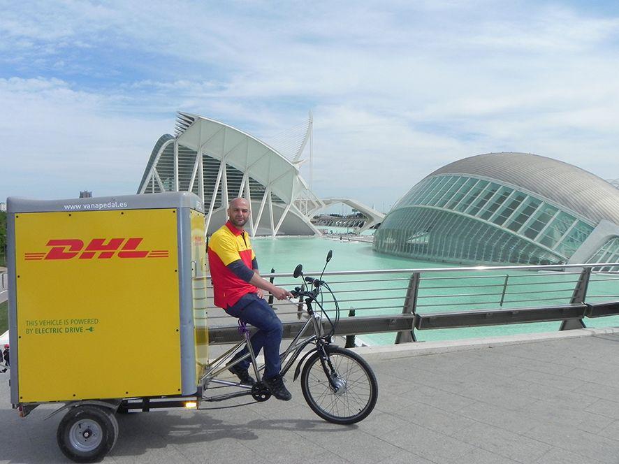 Foto de DHL Express obtiene la certificación ISO 50001 de Eficiencia