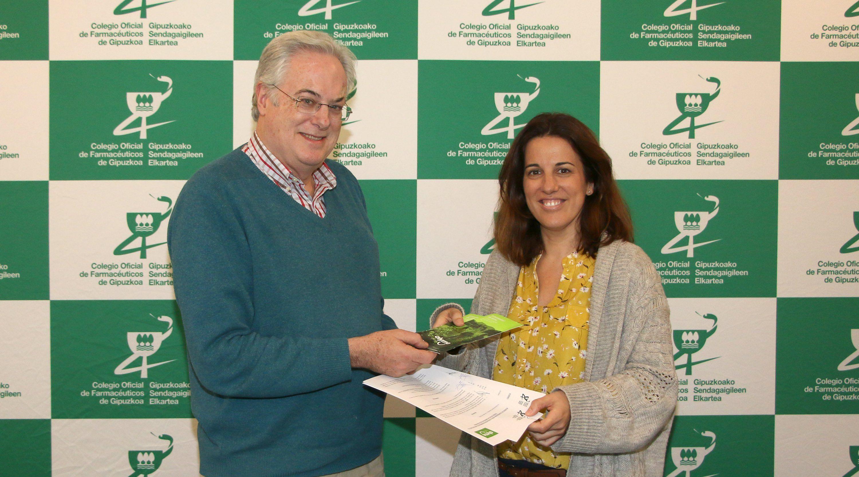 Foto de El presidente del COFG, Migual Ángel Gastelurrutia, y la