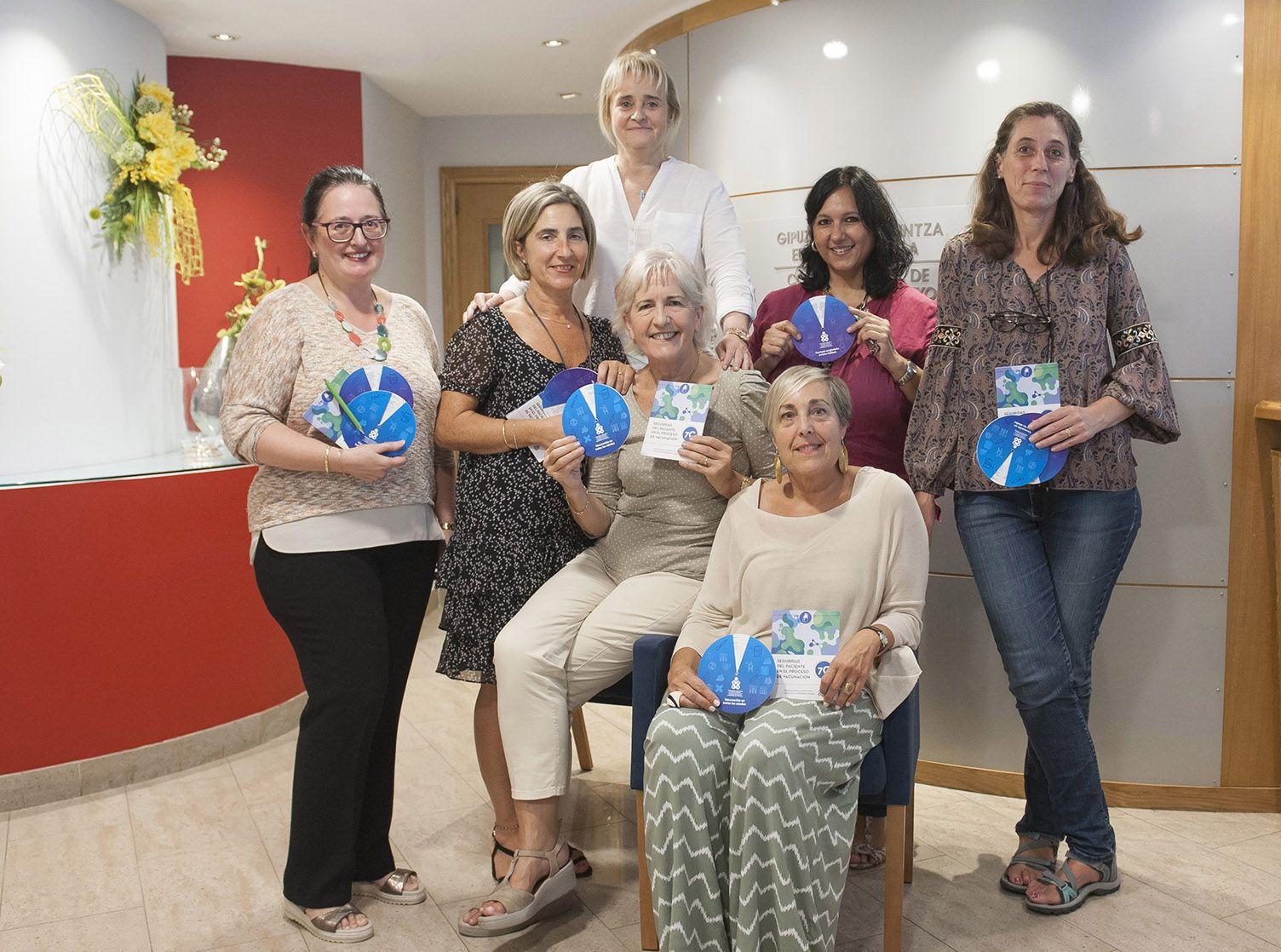 Foto de Enfermeras integrantes de la Comisión de Vacunación del