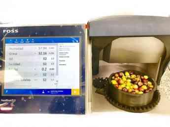 Foto de Funcionamiento de OliveScan II de FOSS