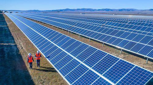 Foto de Schneider Electric despliega una Microgrid que abastece a 400