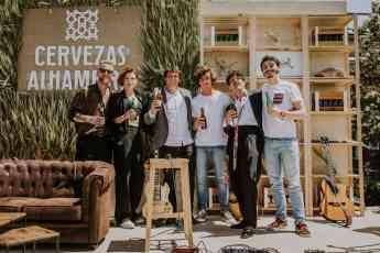 PRESENTACIÓN MOMENTOS ALHAMBRA_GUITARRICA DE LA FUENTE Y MAXIMILIANO CALVO