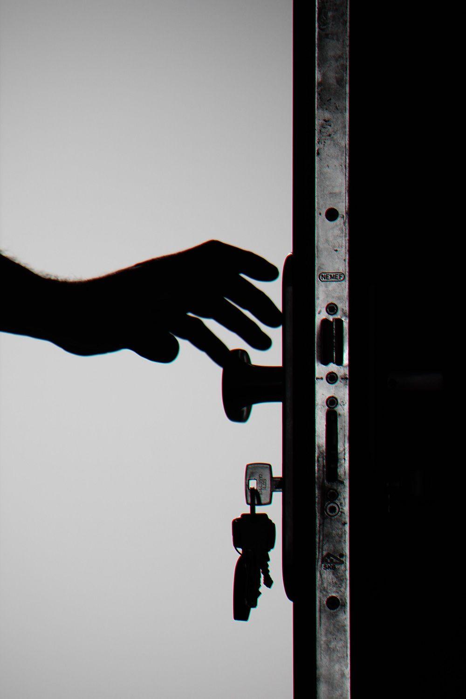 Foto de Mantener la vigilancia en las viviendas con una cámara de
