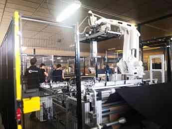 Foto de Sima primera empresa en adquirir Tapibot