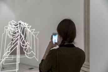 El diseñador Filip Custic visita IED Madrid