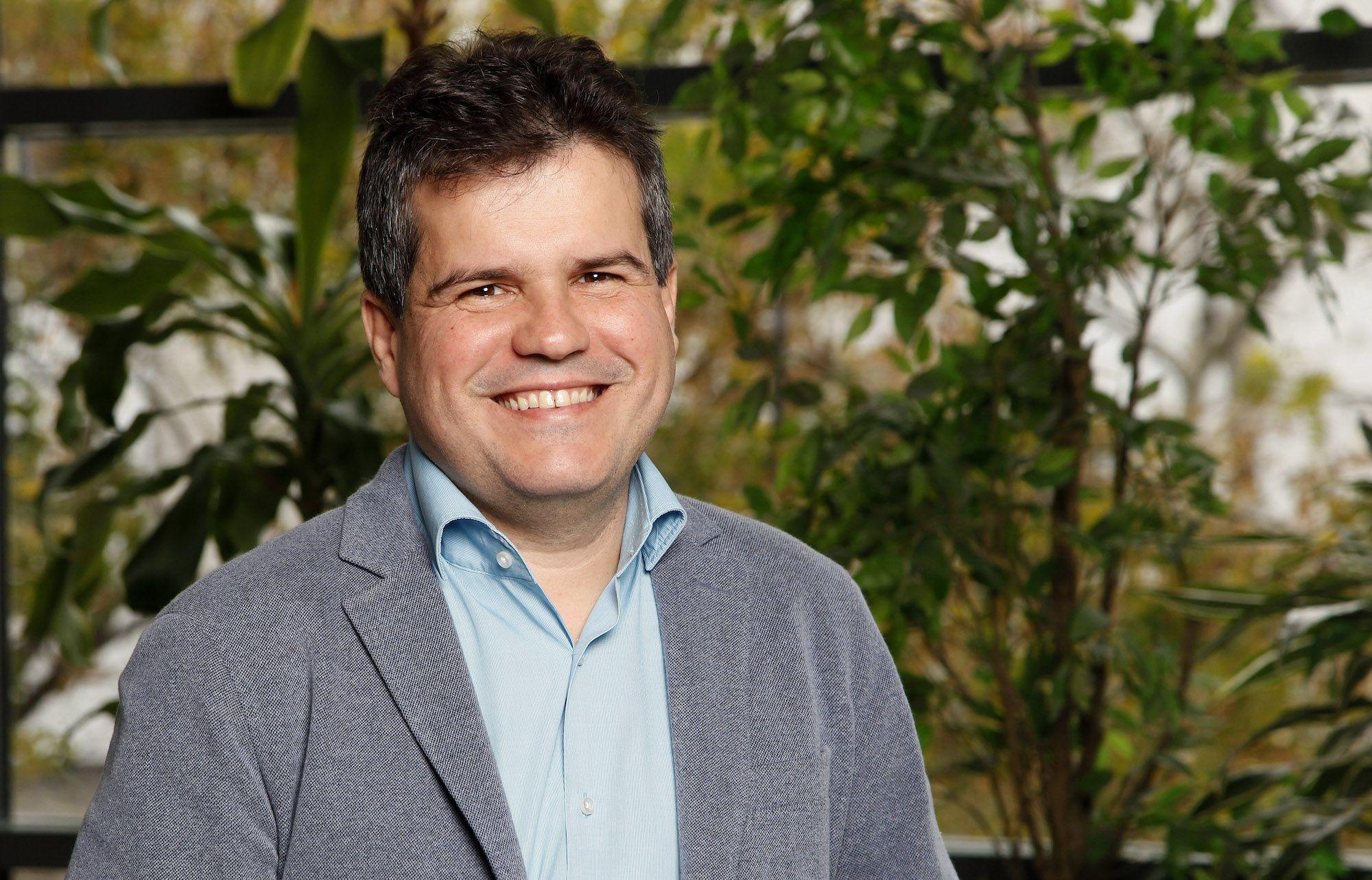 Foto de Thiago Rodrigues, nuevo director logístico de Schneider