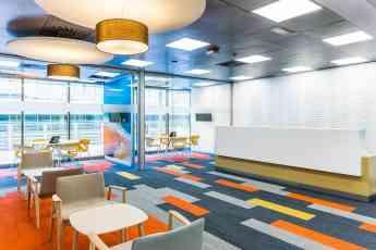 Aine diseña oficinas que influyen en la mente y el comportamiento humano
