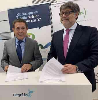 Foto de Acuerdo FENITEL_Recyclia