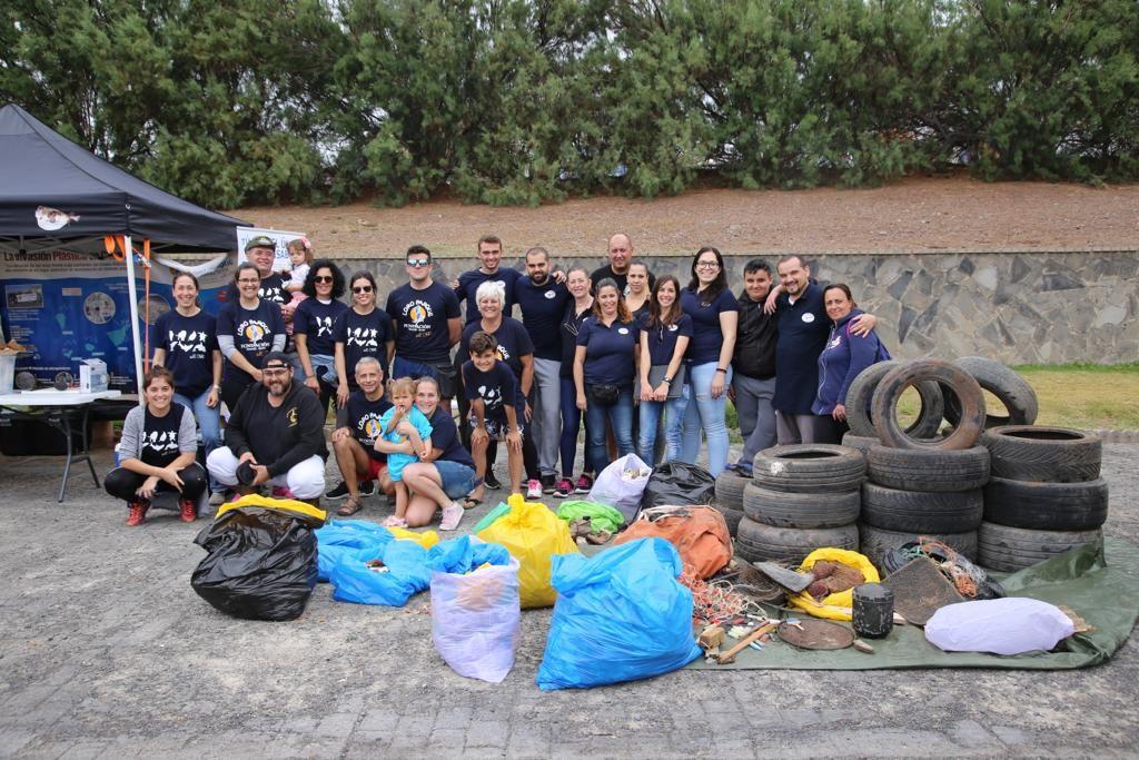 Foto de Loro Parque realiza una gran limpieza de plástico en la