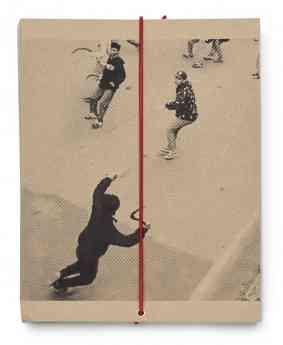 Uno de los fotolibros que se podrán ver en la exposición