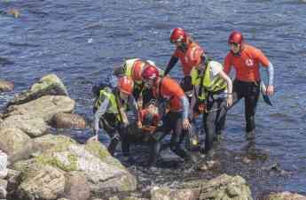 Foto de FOTO: Ha sido necesario rescatar a dos personas que habían