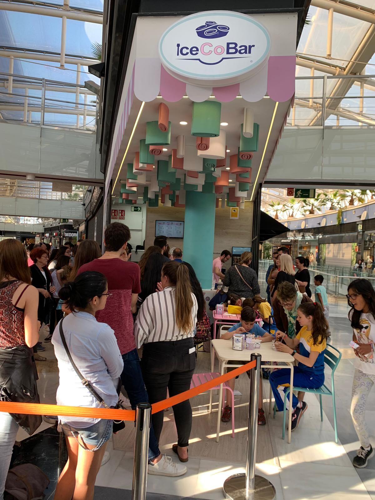 Foto de Inauguración IceCoBar