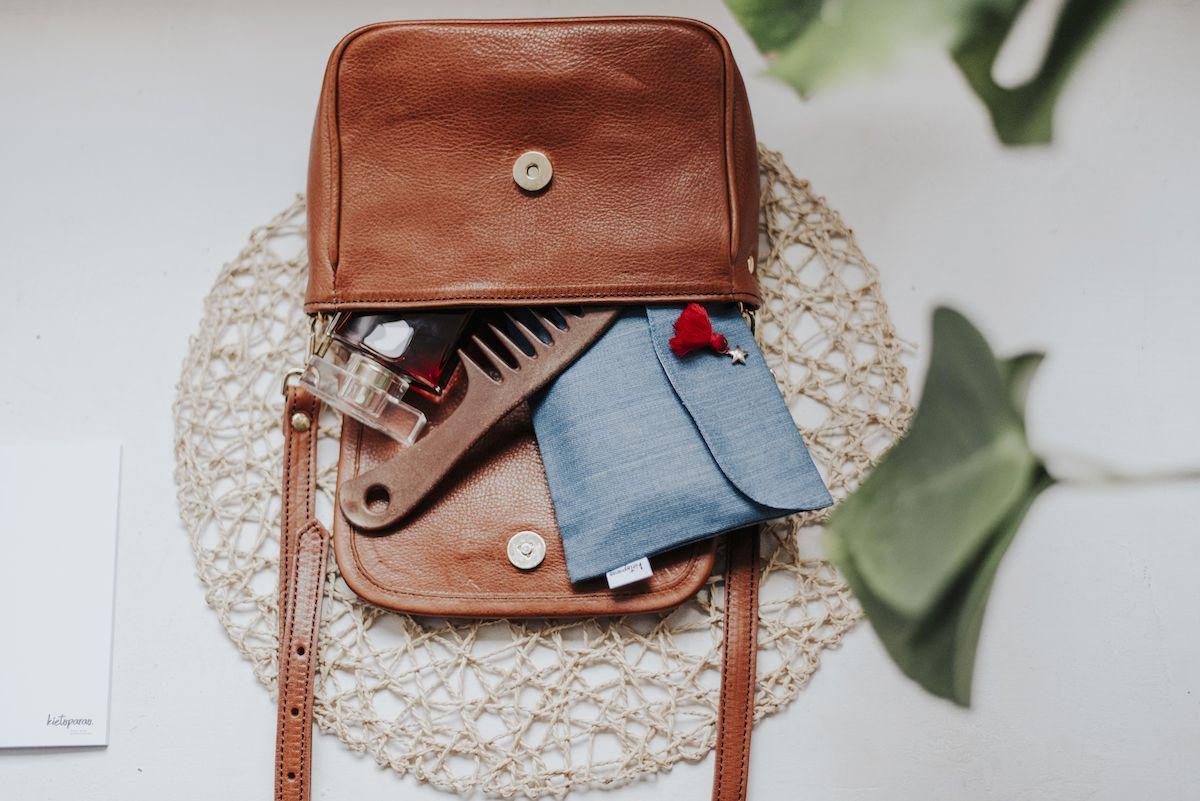 Fotografia Kit de entretemiento de bolsillo kieroparao.