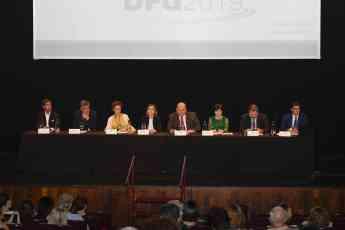 El Consejo de Administración, Director General y asesor jurídico durante la Junta General de DFG.