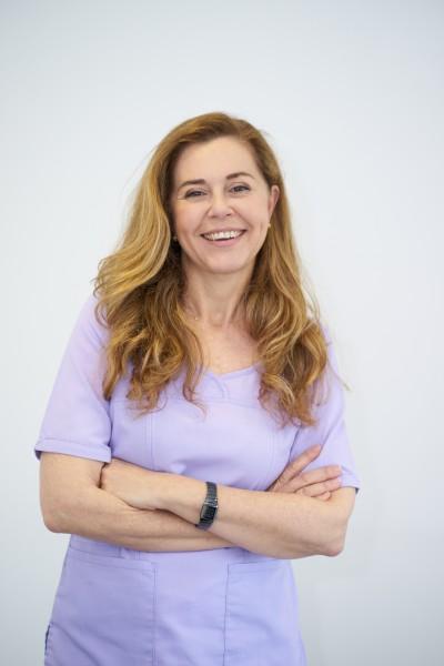 Foto de Dra. María del Carmen López, directora de la Clínica