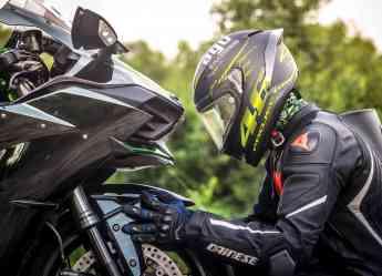 Los cascos de moto protegen contra los accidentes