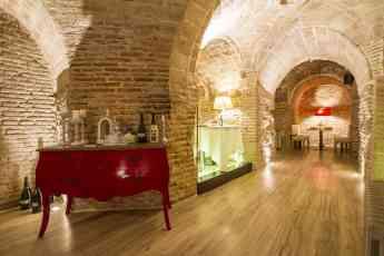 El restaurante Bodega de los Secretos explica los misterios albergados en su interior