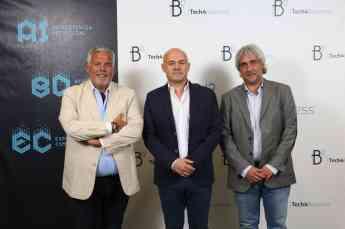 Foto de Eduardo Taulet, Javier Fernández de Valderrama y Carlos