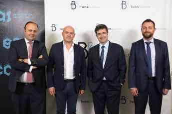Foto de Koldo Unanue, Javier Fdez. Valderrama, Jose Miguel Garcia y