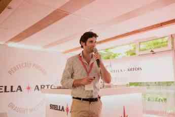 Presentación de la primera sesión de Draught Masters a mano de Daniel Echániz, director del canal horeca en ABI España