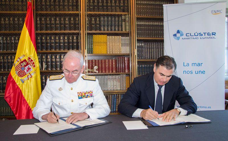 Foto de Firma convenio con La Armada