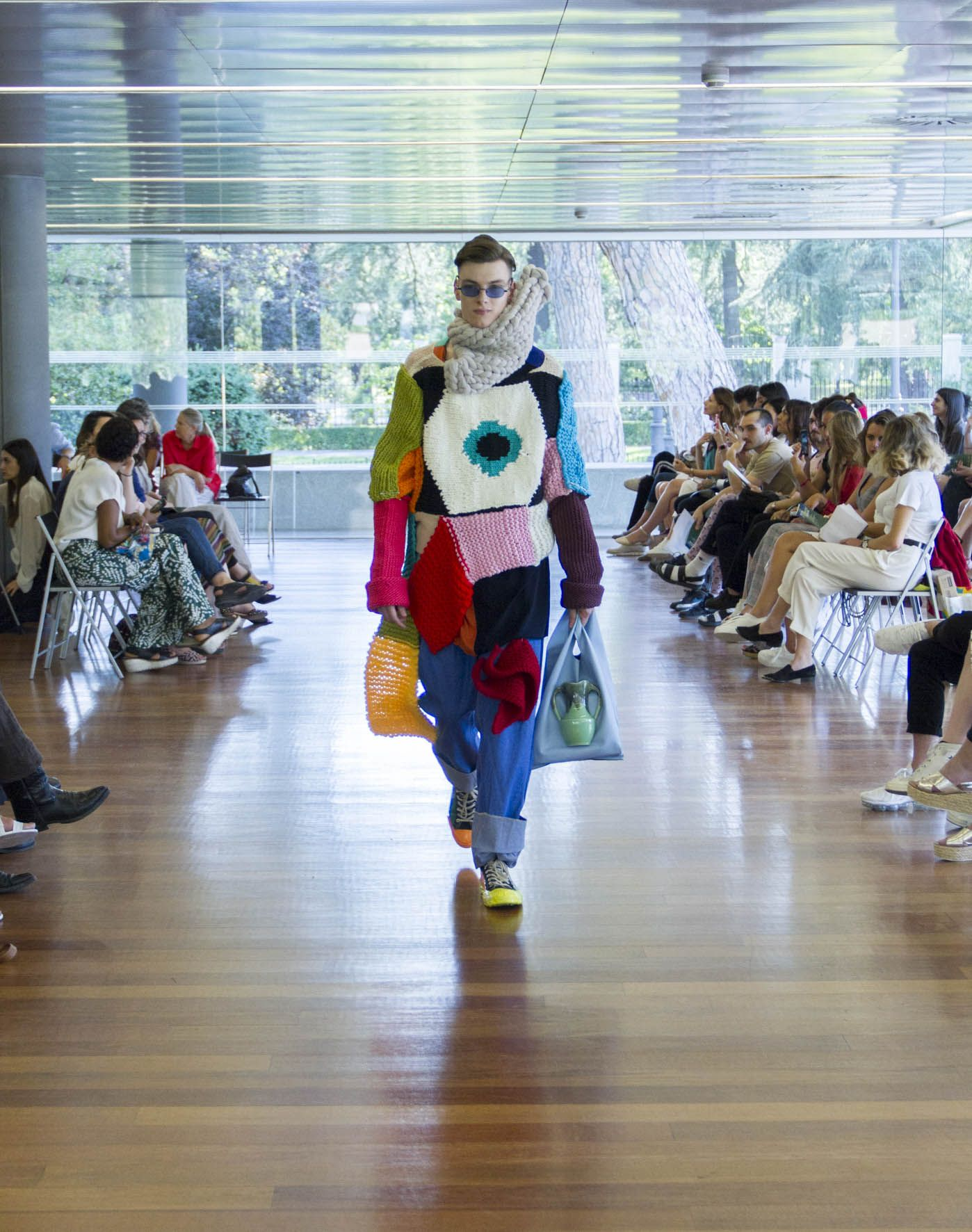 Foto de Una de las prendas de la colección de Andrés García Cruz