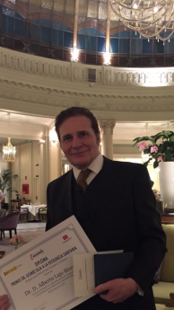 Foto de Dr. Lajo, premio Dr. Gómez Ulla a la Excelencia Sanitaria