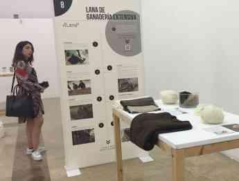 La exposición hace un recorrido por el ciclo de vida y usos de diferentes materiales