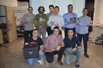 El equipo de desarrollo tecnológico de Aiwin gana el AWS Datathon Iberia 2019