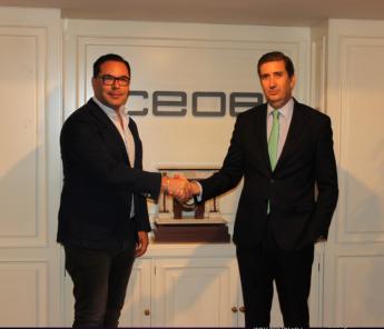 Antonio Cantalapiedra, cofundador y coCEO de Woonivers y Javier Calderón, director del Departamento de Empresas y Organizaciones